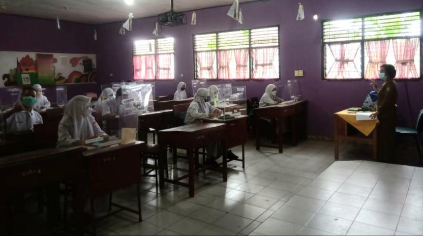 SMAN 7 Gelar Pembelajaran Tatap Muka Hari Pertama, Nurhafni : Kelas Hanya Diisi Setengah