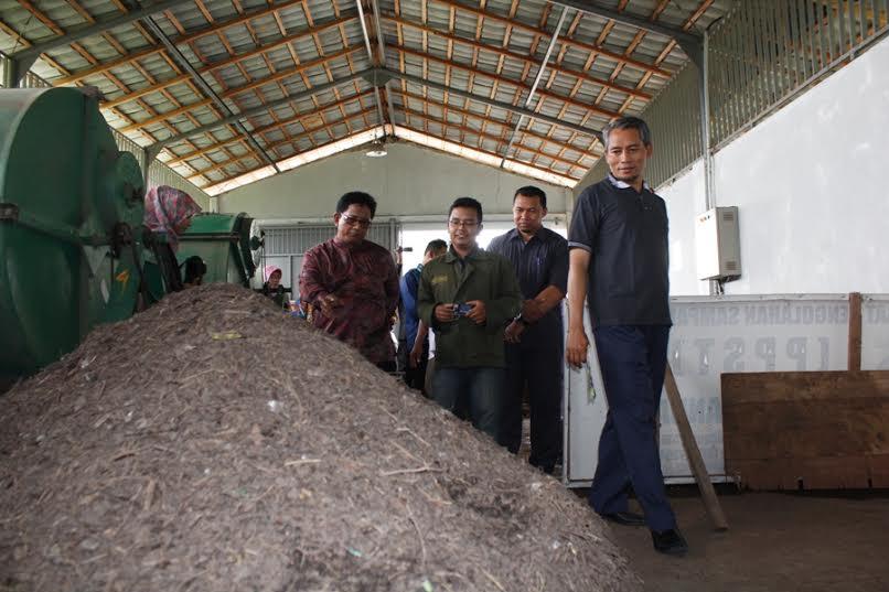 Wakil Walikota Tinjau Bank Sampah di Unand