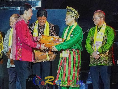 Riau Terima Warisan Budaya Tak Benda Indonesia, Gubri Syamsuar: Segera Dipatenkan