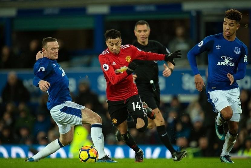 Bungkam Everton, MU Kembali ke Posisi Dua