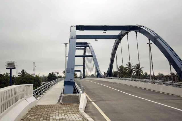 Hari Ini Jembatan Water Front City Mulai Dibuka untuk Umum