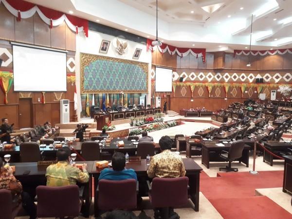 Plt Gubernur Dilarang Dokter  Sampaikan LKPJ Kepala Daerah ke DPRD Riau