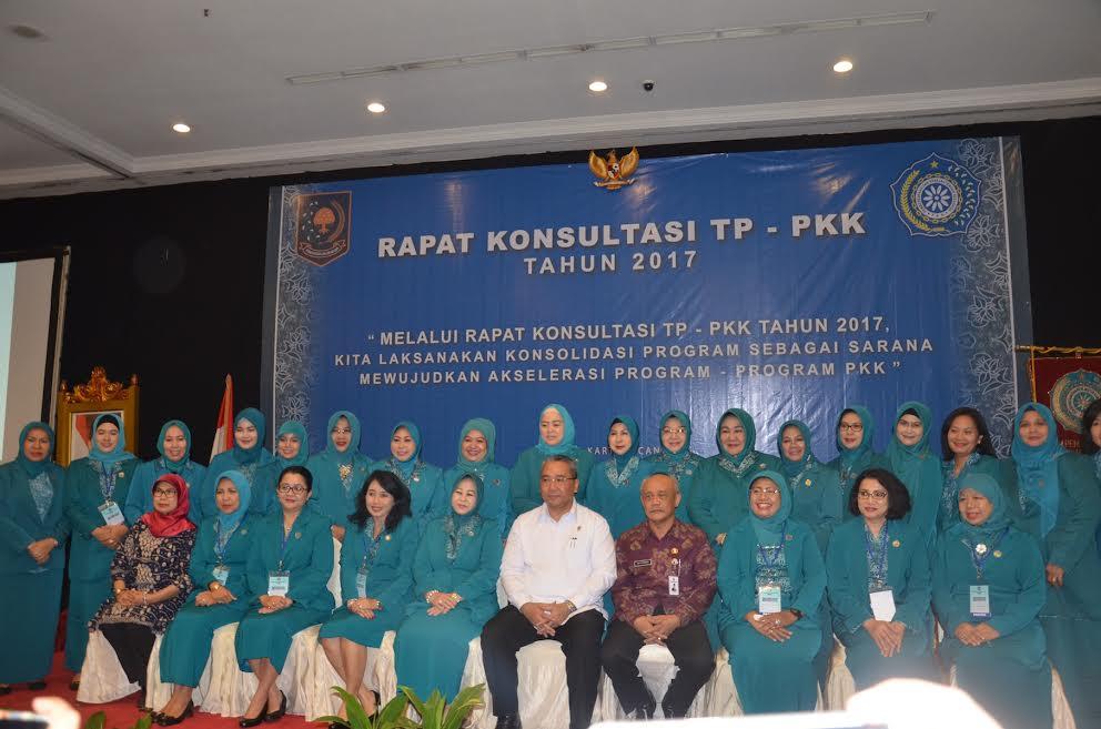 Ketua TP-PKK Provinsi Riau hadiri Rapat Konsultasi TP-PKK Pusat Tahun 2017