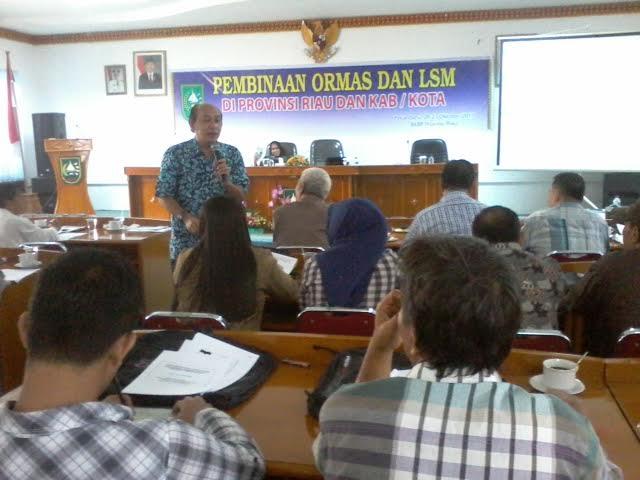 Beri Muatan Terhadap LSM dan Ormas, Kesbangpol Riau Gelar Pelatihan