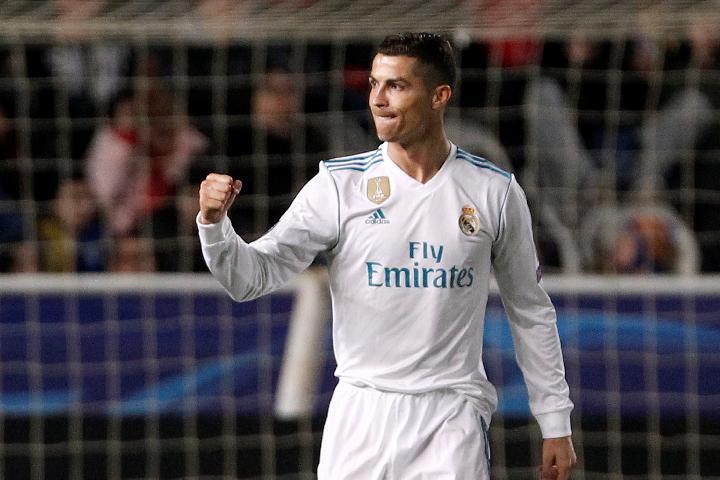 Ronaldo Raih Ballon d`Or 2017