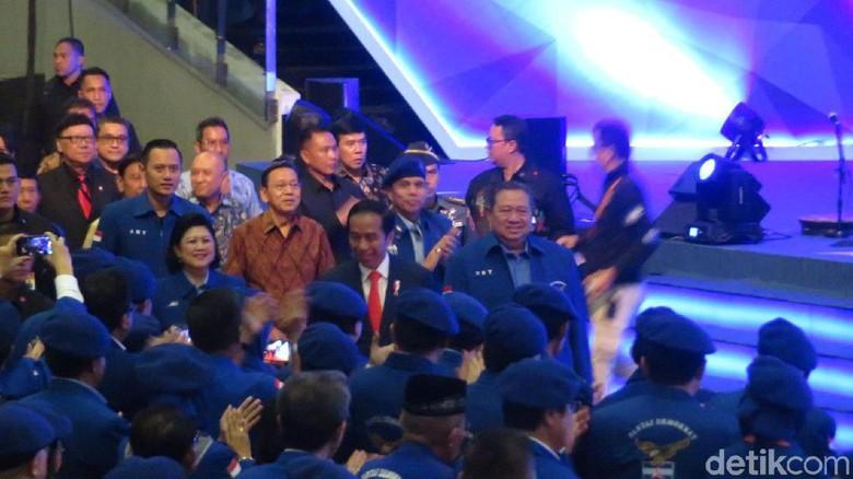 Bareng SBY dan AHY,Presiden  Jokowi Hadiri Rapimnas Demokrat