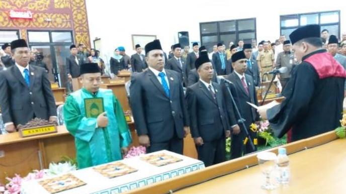 Pimpin DPRD Dumai, Agus Purwanto dan Dua Wakilnya Dilantik