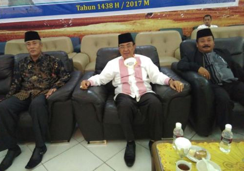 Bupati Wardan Sambut Jamaah Haji Pulang ke Kampung Halaman