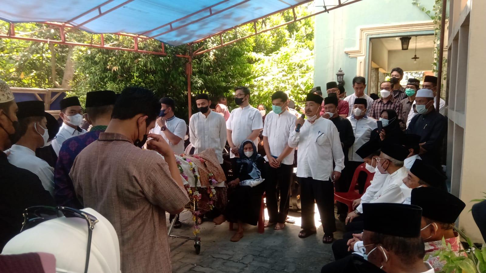 Selepas Zuhur, Almarhum Datuk Al Azhar Dikebumikan di Air Dingin