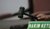 Pungli, Mantan Kadis PUPR Pekanbaru dan Tiga Honorer Dihukum Setahun Penjara.