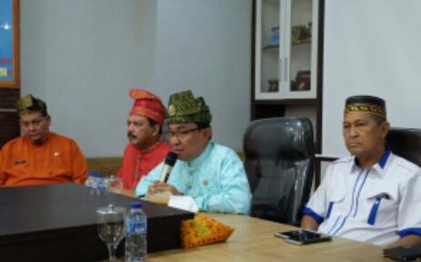 Bupati Inhil Gelar Press Conference Dengan Insan Pers