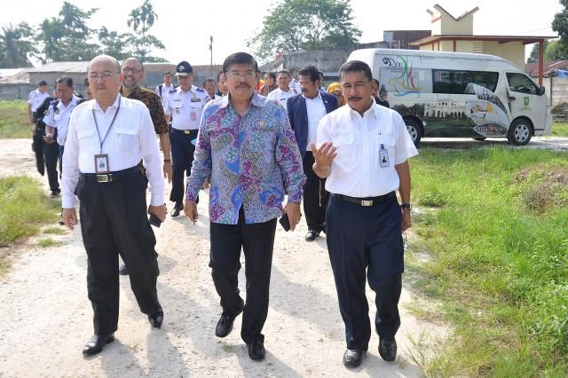 Perpanjangan Landasan Bandara Sultan Syarif Kasim Riau Dinilai Tidak Perlu
