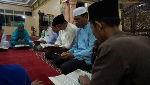 Rusli Effendi Ajak Masyarakat Makmurkan Masjid di 10 Hari Terakhir Ramadhan