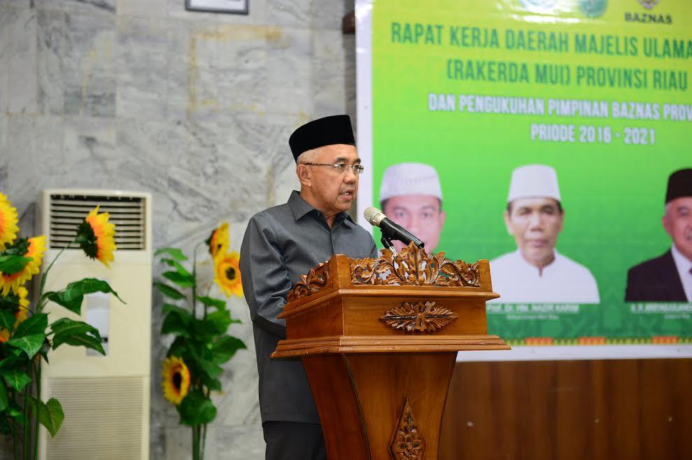 Gubri Hadiri Rakerda MUI Provinsi Riau