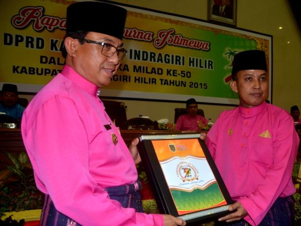 Siapakah Penerima Gemilang Award?