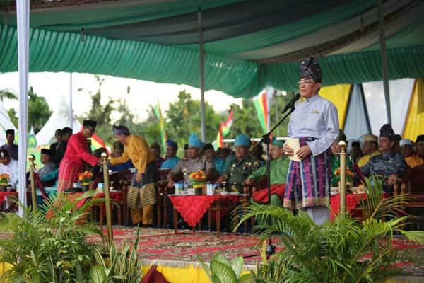 Bupati Bai'at Dewan Dan Majelis Hakim MTQ Ke - 47 Kabupaten Inhil Tahun 2017 Di Pulau Kijang