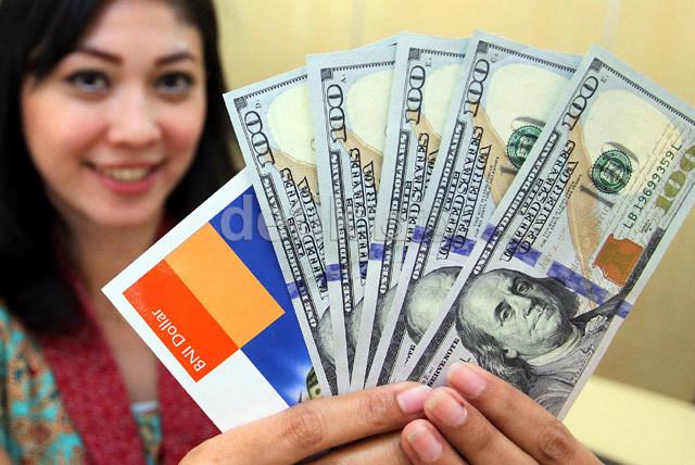Dolar AS Balik ke Rp 14.000, BI: Badai Belum Berlalu