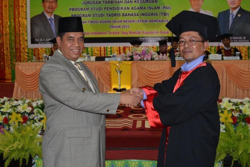 Sebanyak 180 Mahasiswa STAIN Diwisuda
