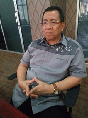 Dr.Mahdum: