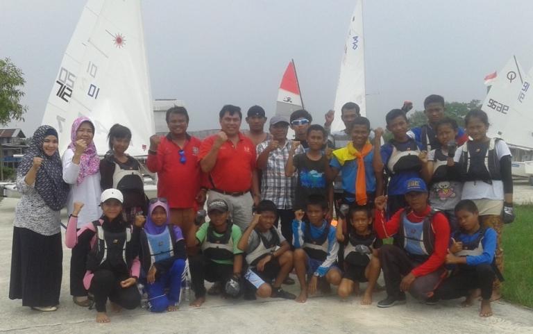 Riau Gelar Sailing Camp