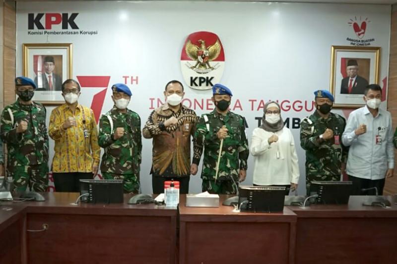 KPK dan Puspom TNI Kerjasama Berantas Korupsi