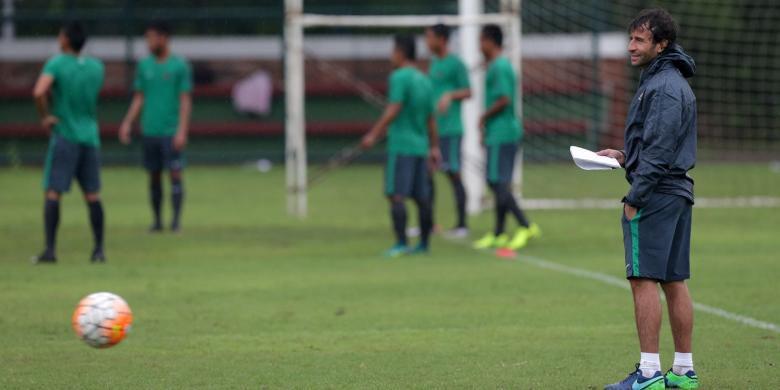 4 Kesamaan Timnas Spanyol dengan Indonesia Versi Luis Milla