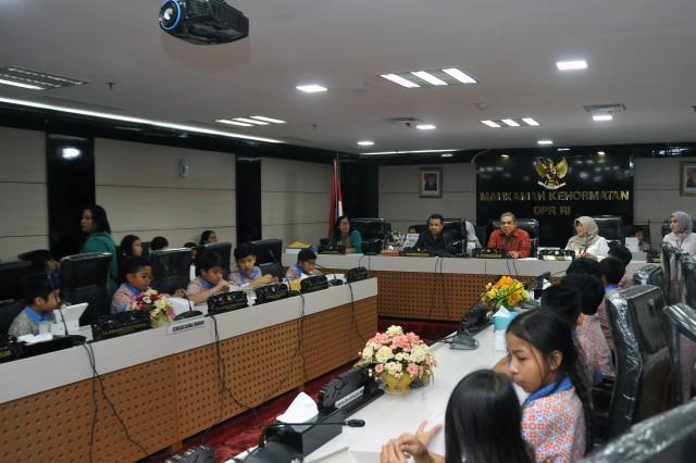MKD DPR Nilai Positif Kunjungan Siswa ke DPR RI