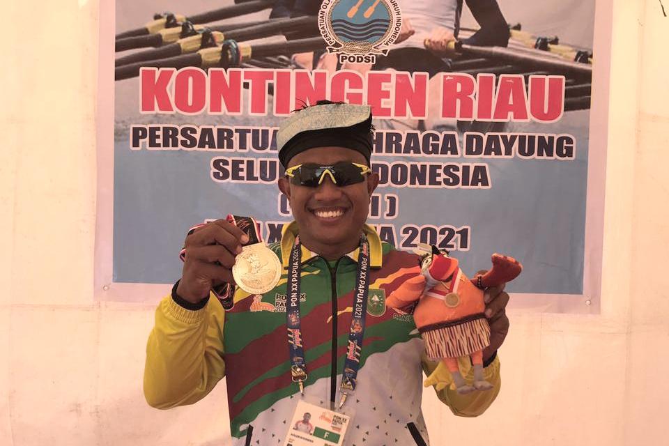 Atlet Dayung Riau Maizir Pecahkan Rekor Nasional