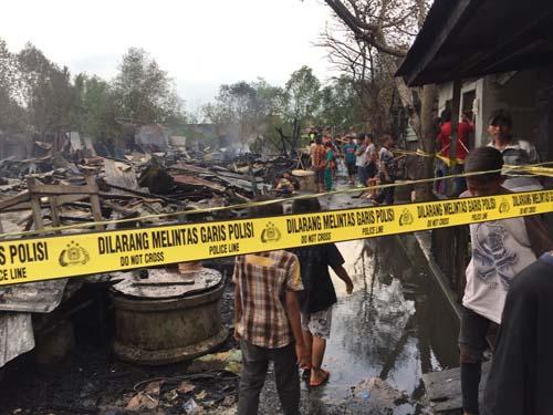 Kebakaran di Pasar Kayu Jati Tembilahan, 23 Unit Rumah Dilalap Si Jago Merah
